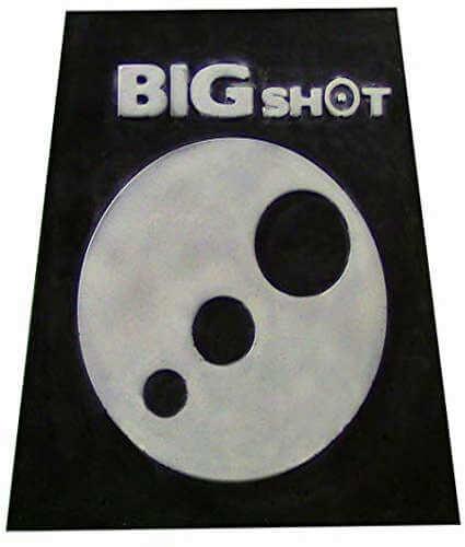 BIGSHOT Archery Titan 16 Multipurpose Broadhead Target Close to Long Yardage