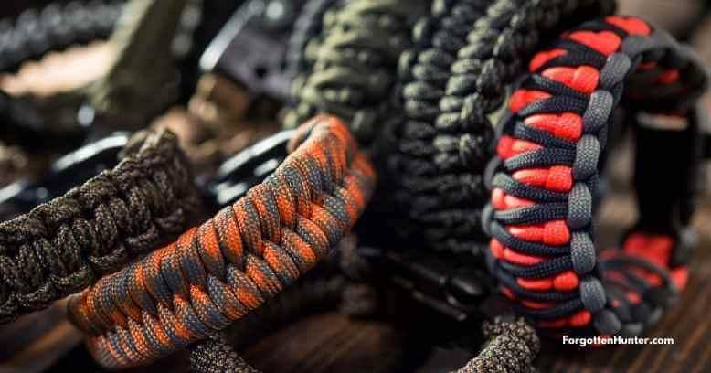 Different Paracord Bracelet Designs